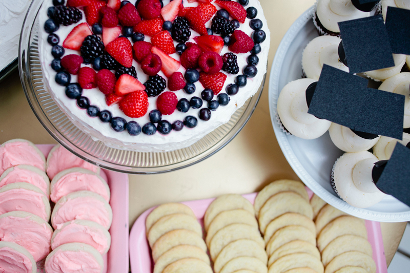berry-chantilly-cake-lemon-cookies-recipe