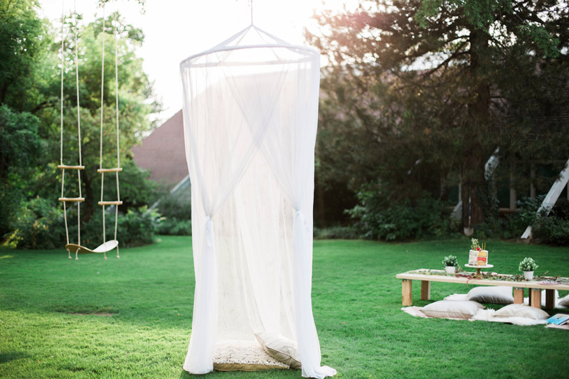 dreamy-backyard-birthday-party